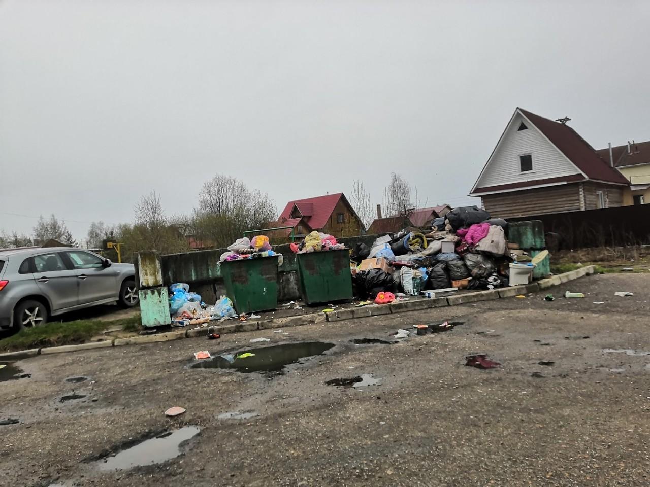 На майские праздники Котлас оказался завален мусором