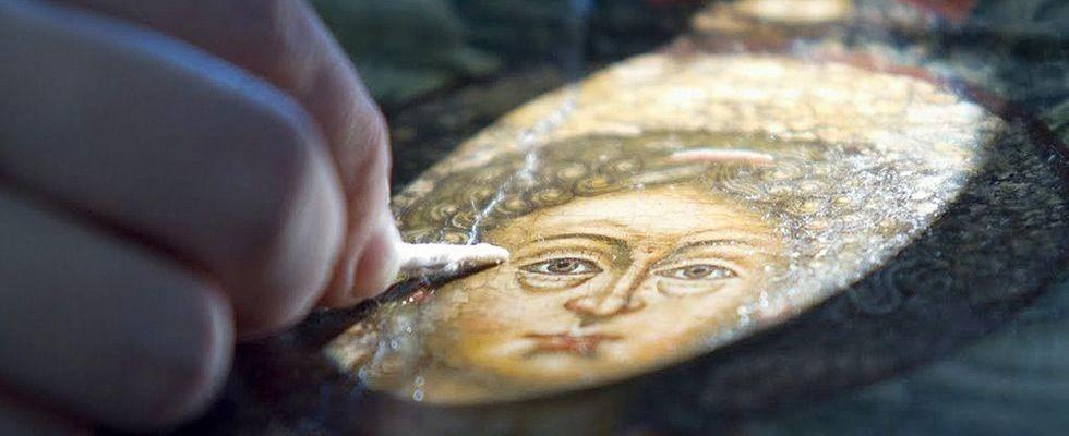 Найденные в Архангельской области иконы представили на выставке в Риге