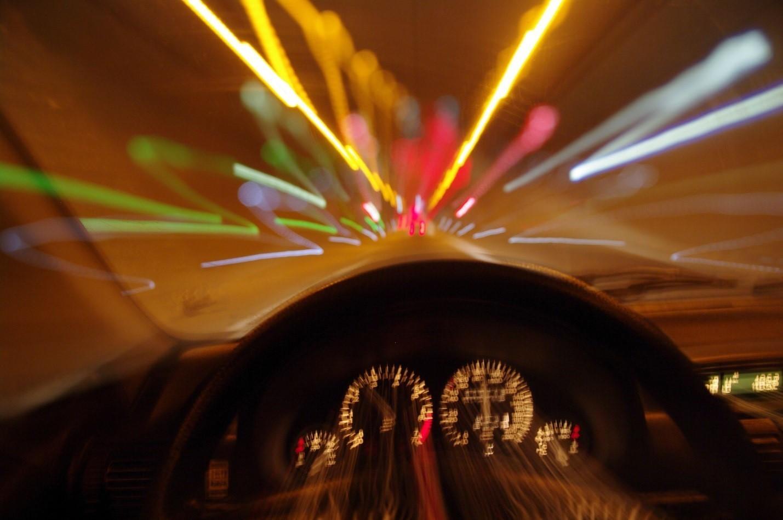 скорости автомобиля путаю